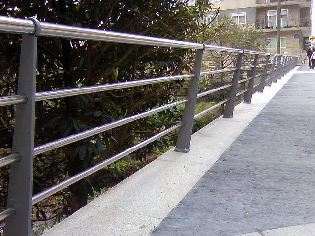 Puente Rosalia de Castro